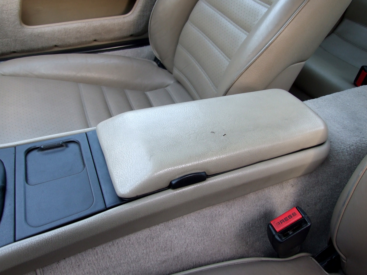 Porsche 944 arm rest cover installation