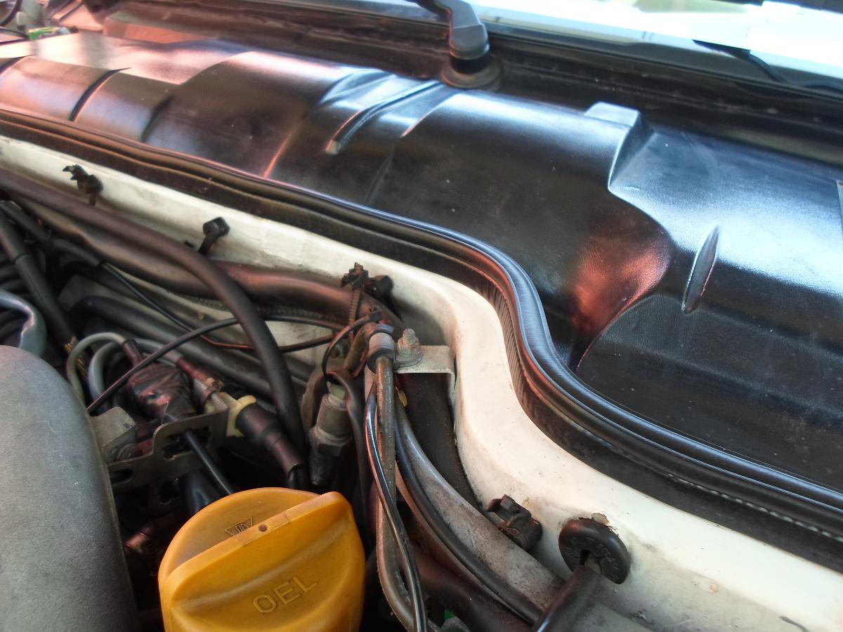 Hood/Firewall Seal, Porsche 924, 944, 968