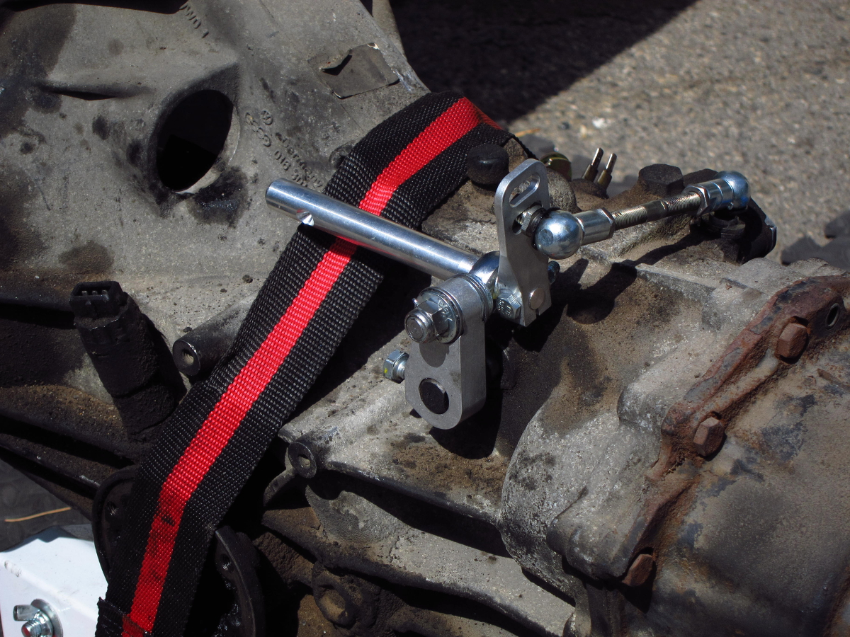 Only944 Shift Linkage Arm