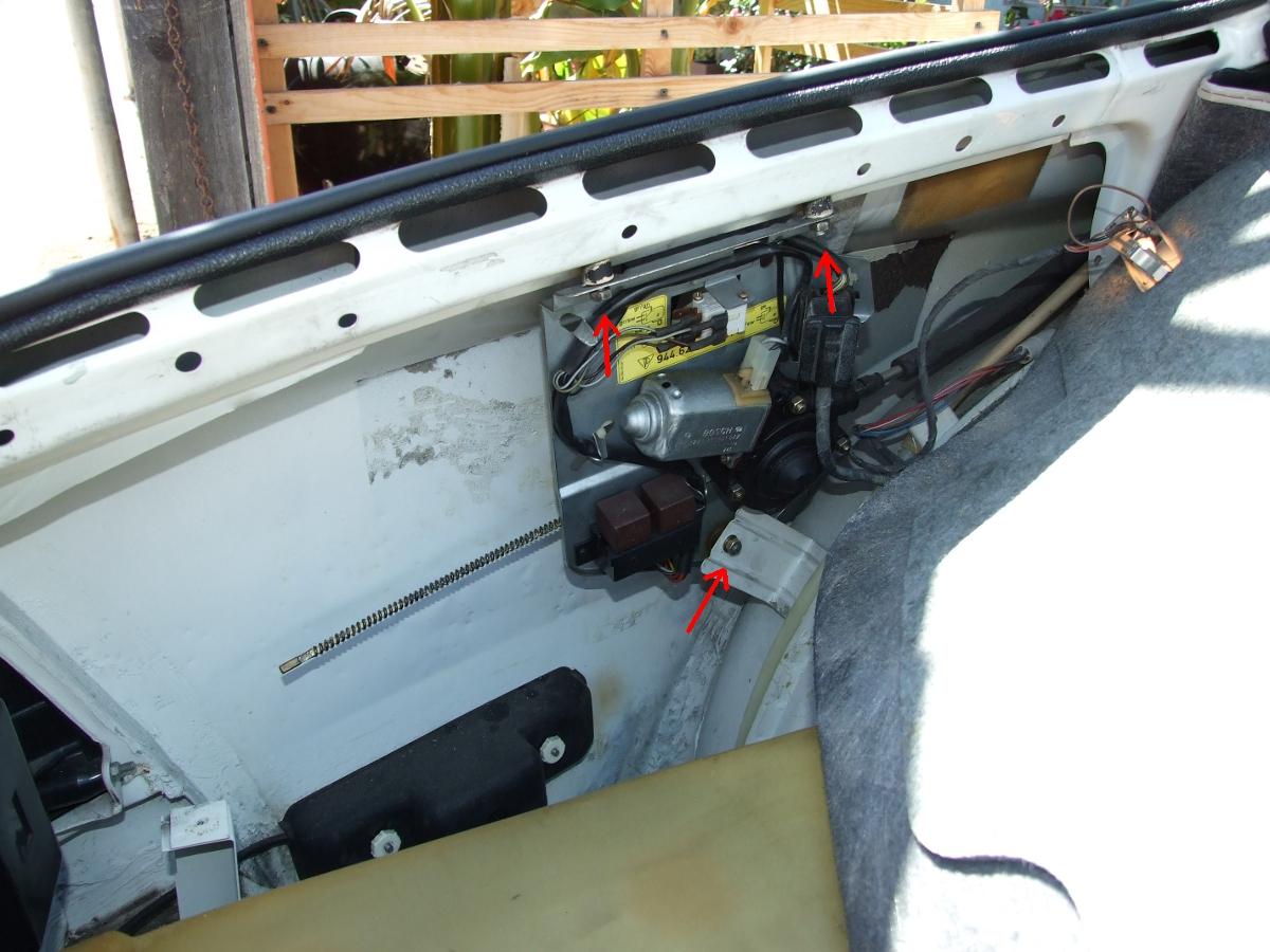 Porsche 944 sunroof cam installation